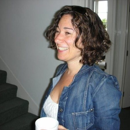 Carolyn Hayter Headshot